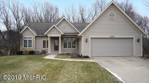 2253 Pin Oak Court NW 88, Grand Rapids, MI 49504