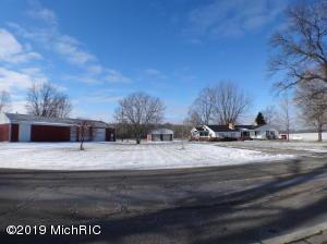 2885 11 Mile Road, Burlington, MI 49029