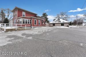 105 W Bellevue Street #2, Big Rapids, MI 49307