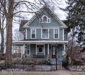 223 E Michigan Street, Reading, MI 49274