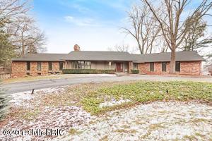 300 Honey Creek Avenue NE, Ada, MI 49301