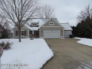 871 East Bluff Court, Zeeland, MI 49464