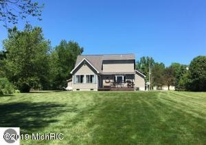 3381 Pinehurst Drive, Lake, MI 48632