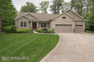 3952 Darcliff Lane, Twin Lake, MI 49457