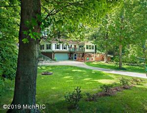 7932 Shore Lane, Watervliet, MI 49098