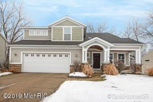 1740 Oakleigh Road NW, Grand Rapids, MI 49504