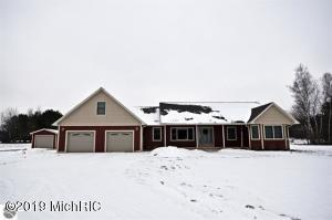 4608 E 14 Road, Manton, MI 49663