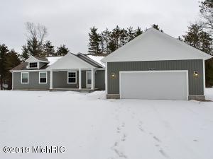 6700 Blue Lake Road, Twin Lake, MI 49457