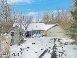 3455 Hidden Lake Lane SE
