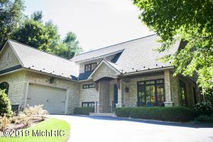 1150 Orchard Lake Drive, South Haven, MI 49090