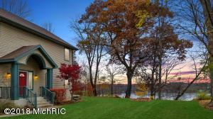 9871 Lakeview Drive, Berrien Springs, MI 49103
