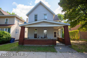 632 Livingston Avenue NE, Grand Rapids, MI 49503