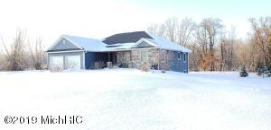 15760 Floating Bridge Road, Three Rivers, MI 49093
