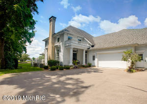 8315 Wallinwood Springs Drive, 57, Jenison, MI 49428
