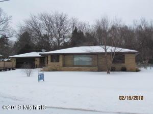 1936 Orchard Lane NE, Grand Rapids, MI 49505