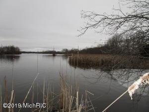 787 River Road, Coldwater, MI 49036