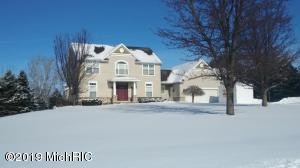 13293 Lamont Farms Dr, Coopersville, MI 49404