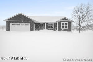 2825 138th Avenue, Dorr, MI 49323