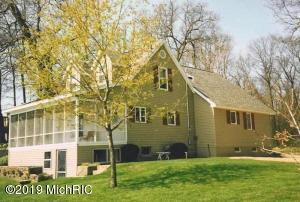 Property for sale at 11257 Oak Drive, Delton,  Michigan 49046