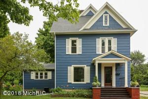 311 S Elm Street, Three Oaks, MI 49128
