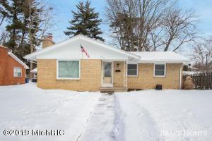 2216 PROSPECT Avenue NE, Grand Rapids, MI 49505
