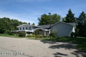 3315 W Michigan Avenue, Kalamazoo, MI 49006
