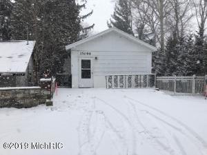 15098 Lakeshore Road, Lakeside, MI 49116
