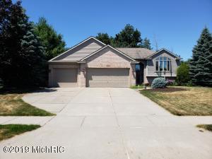 1065 Thornwyk Drive NW, Grand Rapids, MI 49534