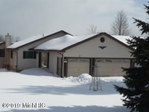 7036 Southwest Drive, Canadian Lakes, MI 49346