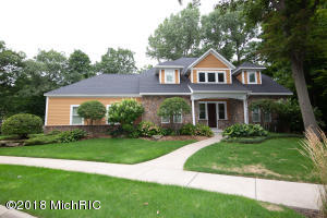 21 Bluffwood Drive, South Haven, MI 49090