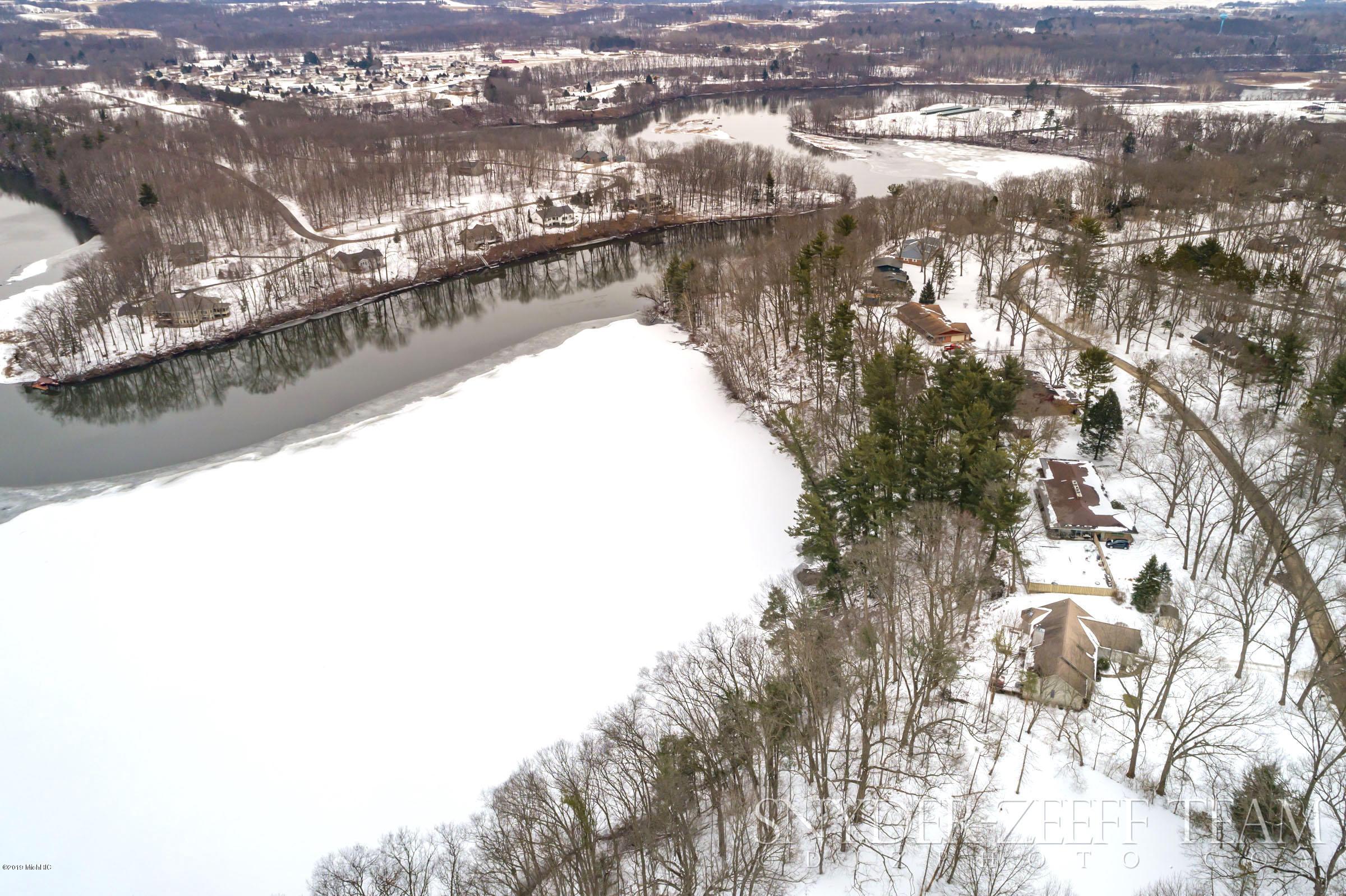 3323 Lake Dr Aerials-2