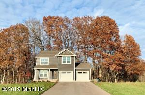 2815 Cotton Tail Run, Dorr, MI 49323