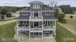 17330 Beachview Drive, West Olive, MI 49460