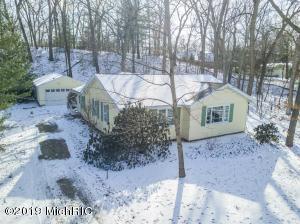 110 Lindenwood Drive, Michigan City, IN 46360