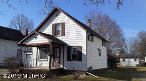 508 Maumee Street, Jonesville, MI 49250