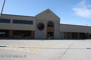 1631-1663 W Sherman Boulevard, Norton Shores, MI 49441