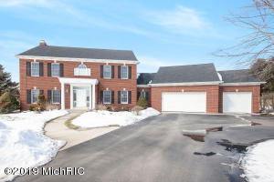 7849 Hawkview Court, Ada, MI 49301
