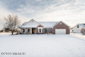 14529 Red Bird Court, Brooklyn, MI 49230