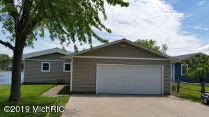 1652 N LAKEVIEW Drive, Mears, MI 49436