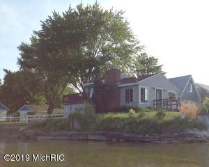 204 John Street, Lake City, MI 49651