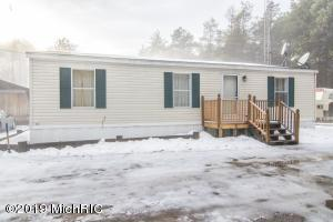 11519 Gordon Road, Newaygo, MI 49337