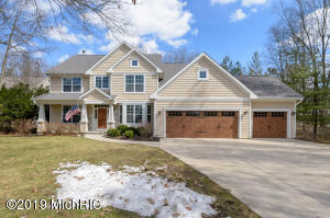 6178 Hidden Lake Circle