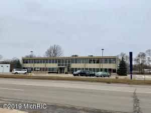 1346 W Columbia Avenue, Battle Creek, MI 49015