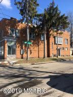 934 Eleventh Street NW, Grand Rapids, MI 49504