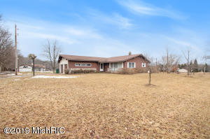 13021 Stout Avenue NE, Cedar Springs, MI 49319