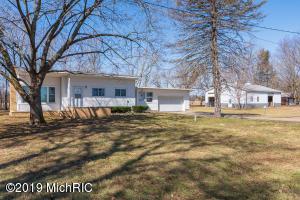 15892 Kellogg School Road, Hickory Corners, MI 49060