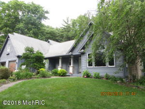 5512 W Oakridge Road, Ludington, MI 49431