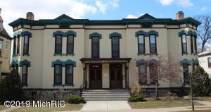 17 Lafayette Avenue SE, Grand Rapids, MI 49503