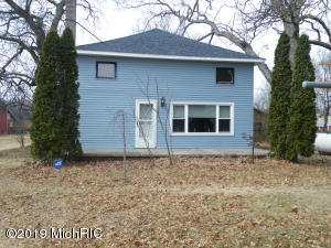 8533 S 80th Avenue, Montague, MI 49437