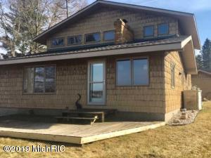 5666 Jefferson Avenue, Muskegon, MI 49442